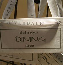 Deurhanger Delirious Dining Area Riverdale